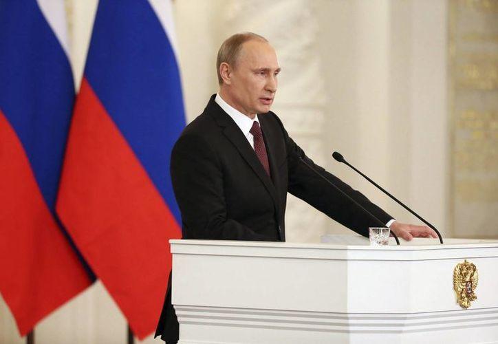 El gobierno de Putin ya ejerce plenamente el control de la península de Crimea. (EFE)
