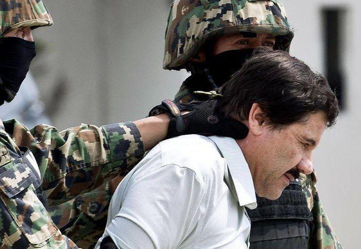El juez federal admitió dos demandas de amparo presentadas el lunes a favor de El Chapo. (Archivo/Agencias)
