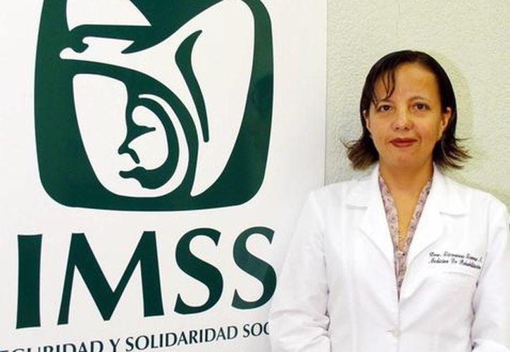 Giovanna Gómez Arredondo, médico especialista en medicina de rehabilitación en el IMSS Yucatán. (Milenio Novedades)