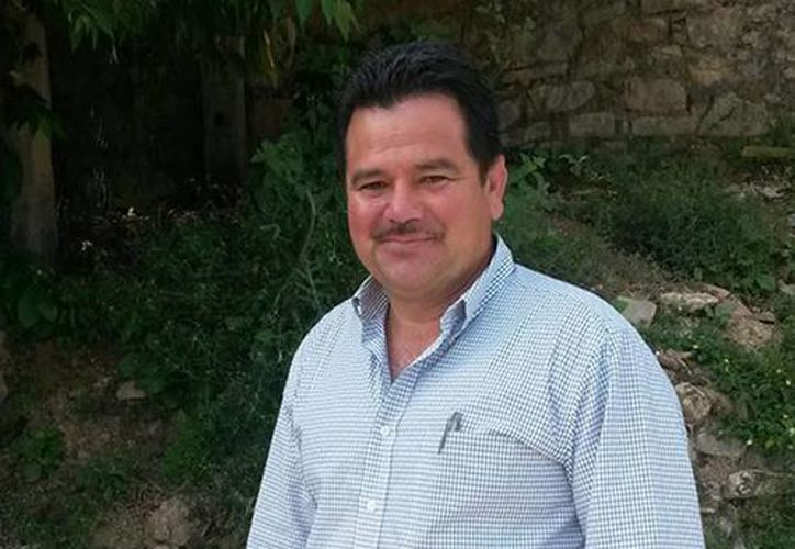 El ex alcalde de Cocula, César Miguel Peñaloza Santana, había quedado en libertad en diciembre de 2014, pero ayer fue arrestado nuevamente. (facebook.com/CesarMiguelPenaloza)