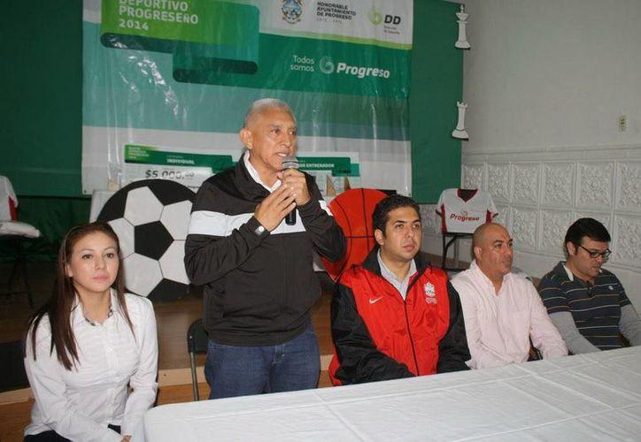 El director del Idey, Juan Sosa Puerto, fue el encargado de anunciar la obtención de la sede panamericana. (Milenio Novedades)