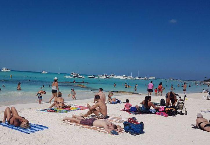 Quintana Roo cuenta actualmente con tres aeropuertos internacionales que lo comunican prácticamente con todo el mundo. (Redacción/SIPSE)