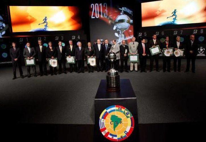 Nueve equipos uruguayos no sólo acusan a la Conmebol de mal reparto del dinero sino de rechazar <i>jugosas</i> ofertas. (larepublica.ec/Foto de archivo)