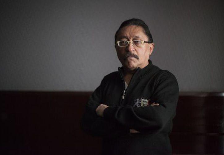 Sergio González, en una sala de la FIL. (El País)