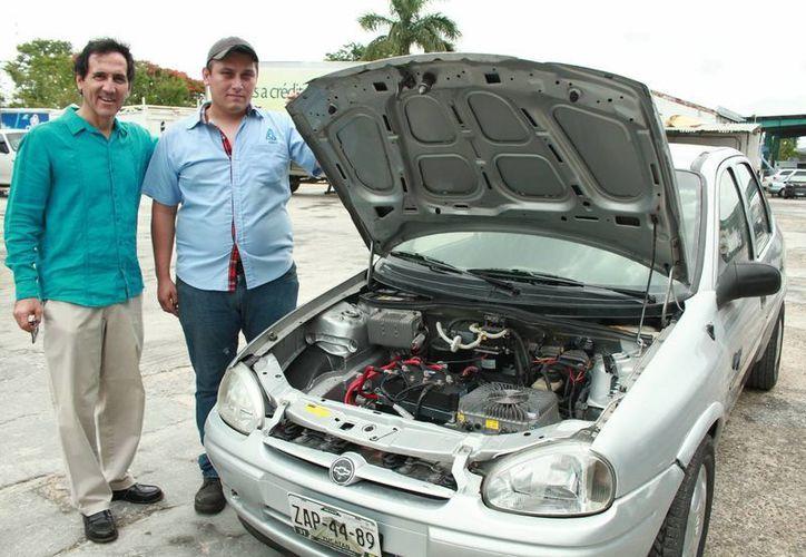El prototipo de auto de gasolina 'convertido' a eléctrico alcanzó 120 kilómetros por hora. (Milenio Novedades)