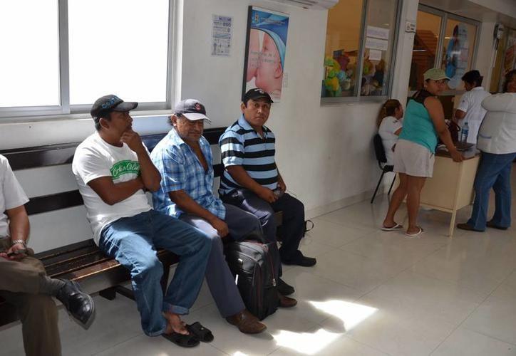 Una vez que se le ha realizado el procedimiento, puede salir caminando de la clínica e irse a su casa a descansar. (Foto: Milenio Novedades)