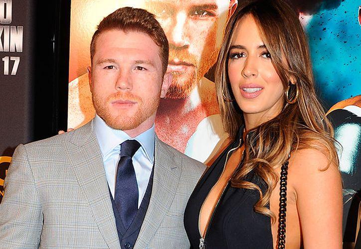 El boxeador y la modelo solían presumir su romance en sus redes sociales. (Foto: Contexto/Internet)