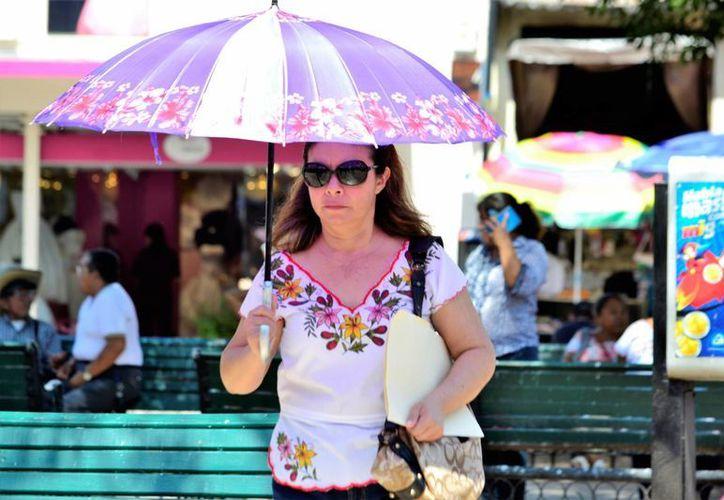 A consecuencia del Sistema Frontal No. 32 se esperan lluvias aisladas para Yucatán, junto con bastante calor. (Daniel Sandoval/SIPSE)