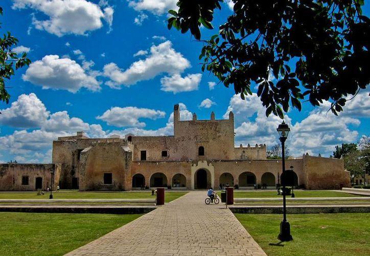 Está por concluir las pruebas de la iluminación y la proyección del videomapping sobre el convento de San Bernardino de Siena, ubicado en Valladolid. (Milenio Novedades)