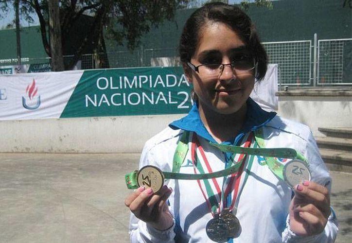 Alejandra Cervantes ya ganó una medalla de plata en el Grand Prix de tiro en Francia, pero este sábado volverá a competir. (zocalo.com.mx/Foto de archivo)