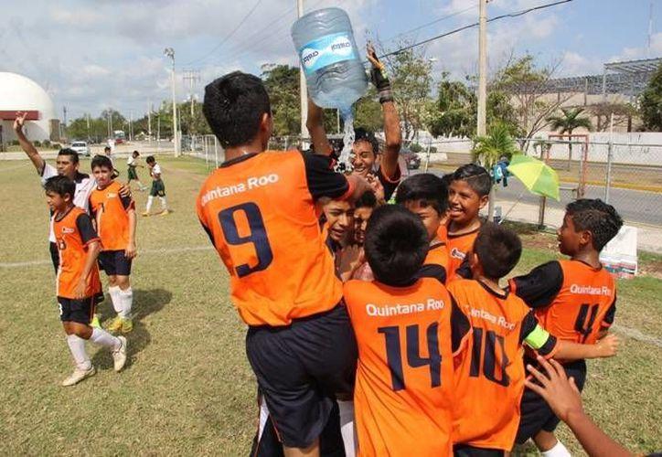 Impulsarán las actividades deportivas entre los niños y jóvenes. (Redacción)