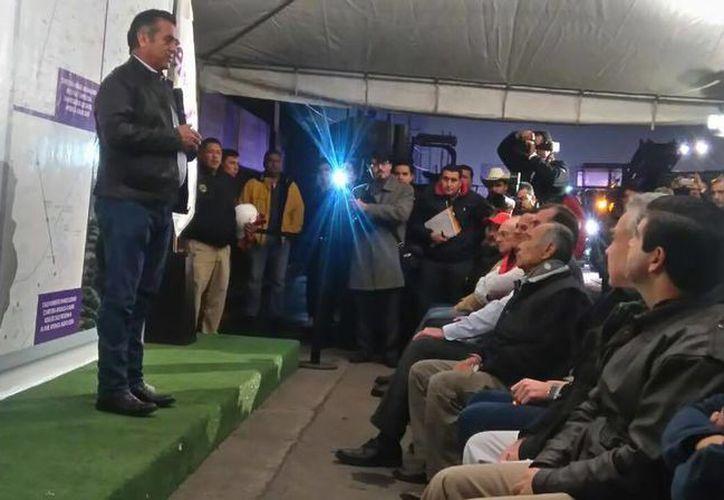 Jaime Rodríguez Calderón anunció la desaparición del Bono del Servidor Público en todos los niveles. (Facebook/Gobierno del Estado de Nuevo León)
