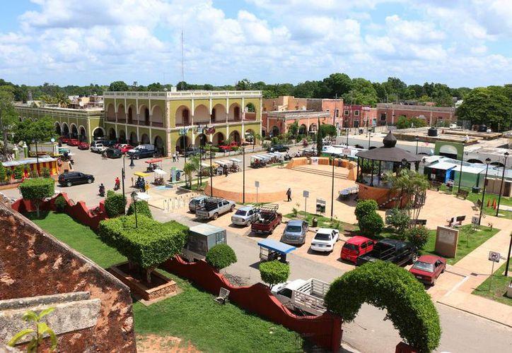 Recorrer los edificios coloniales que tiene Tekax, es como transportarse en el tiempo. Imagen aérea del centro del municipio. (Milenio Novedades)