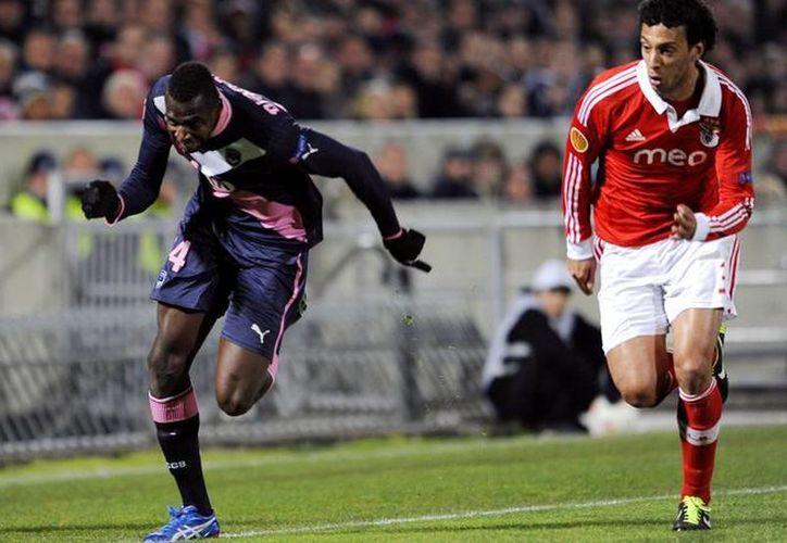 Diabaté (i) anotó a los 39 y a los 89 minutos contra el Evian. (uefa.com/Archivo)