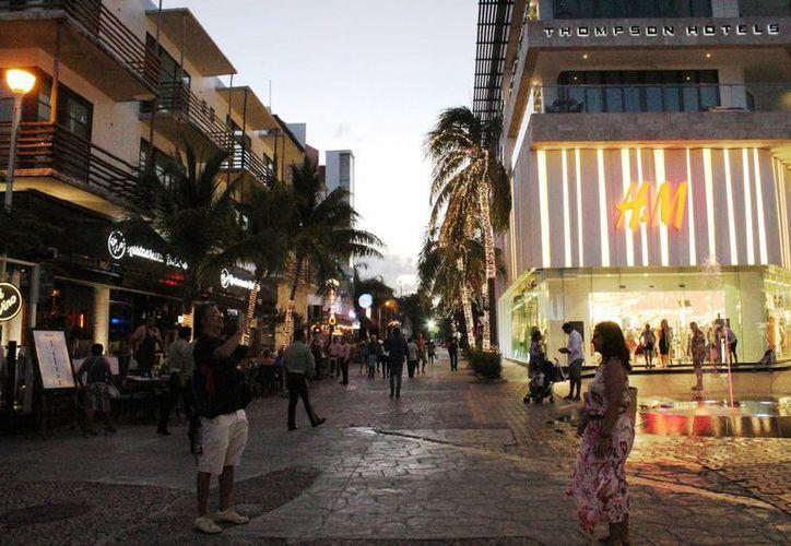 La huella ecológica que dejan los turistas en Quintana Roo será revertida con la compra de bonos de carbono. (Octavio Martínez/SIPSE)