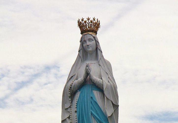 Además de los artículos fue hurtada la corona de la virgen de la Concepción. (Foto de Contexto/Internet)