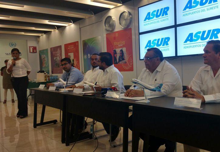 Estadísticas de Aeropuertos del Sureste (Asur) revelan que el aeropuerto de Mérida tuvo un repunte de 15 por ciento en el primer semestre del año. (Candelario Robles/SIPSE)