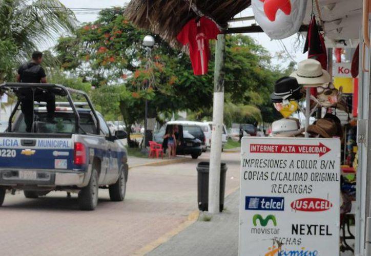 """La policía municipal iniciará este domingo un operativo para atrapar a los pandilleros """"con las manos en la masa"""". (Rossy López/SIPSE)"""