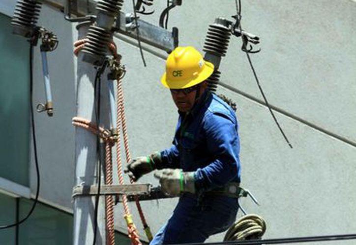 El cobre es un metal muy utilizado para la conducción de electricidad. (Notimex)
