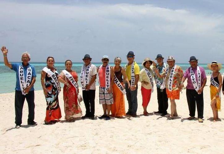 Los abuelitos visitaron la reserva natural del parque Punta Sur de Cozumel. (Redacción/SIPSE)