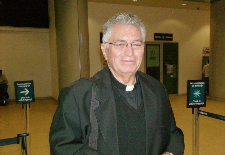 Monseñor José Camargo Sosa, párroco de María Madre de la Iglesia será velado hoy. (manogarci46.wordpress.com)