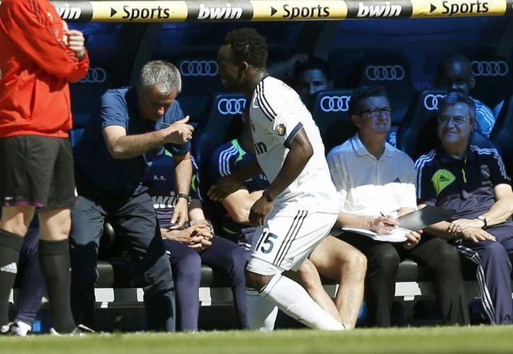 Mourinho sólo ganó tres títulos en su paso por el conjunto merengue. (Foto: EFE)