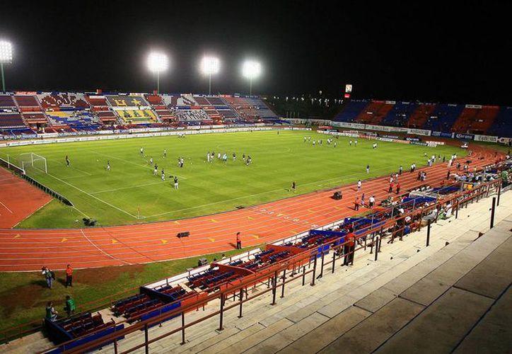 El Estadio Andrés Quintana Roo será la sede del juego amistoso entre estos dos equipos. (Redacción/SIPSE)