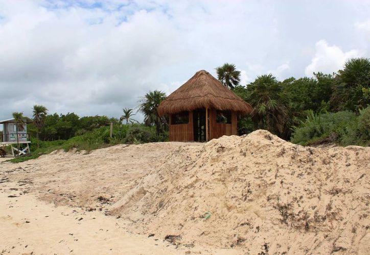 Un par de construcciones hechas por el hotel Paradisus son investigadas por la Dirección de Zofemart de Playa del Carmen. (Octavio Martínez/SIPSE)