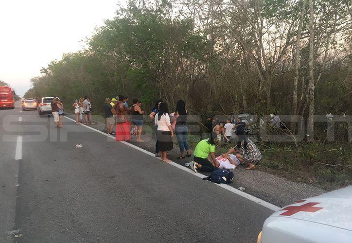 En el accidente perdieron la vida tres miembros de una familia de Guadalajara. (SIPSE)