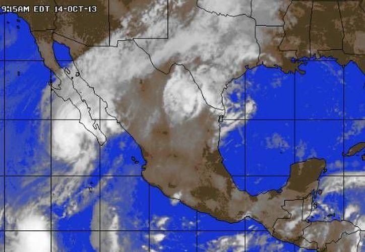 Sistema de alta presión localizado en la parte central del Golfo de México impulsa aire marítimo tropical con moderado contenido de humedad hacia la Península de Yucatán. (Foto/www.accuweather.com)