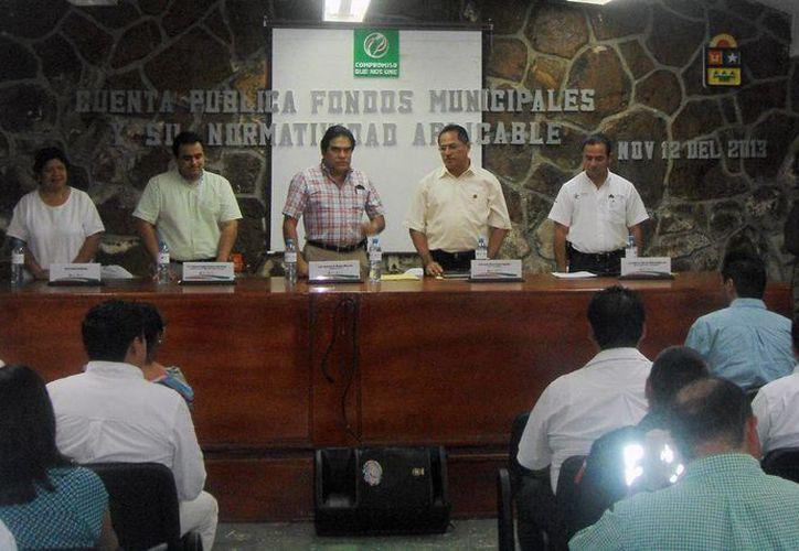 La reunión tuvo lugar en el Ayuntamiento. (Cortesía/SIPSE)