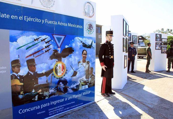 El trámite para obtener la Cartilla de Identidad Militar no tiene costo. (José Acosta/SIPSE)