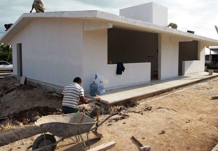 Mencionan que por cada aula se destinó un promedio de medio millón de pesos. (Víctor Ruiz/SIPSE)