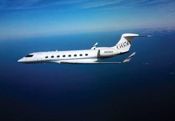 Muchas empresas ahorran dinero y tiempo gracias a rentar jets privados. (www.nomadistas.com/Foto de contexto)