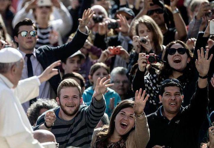 La Iglesia Católica sigue combatiendo al diablo, con exorcismos. Recientemente, El Vaticano avaló la Congregación para el Clero la Asociación Internacional de Exorcistas, a la que el Papa Francisco animó a manifestar, en 'este especial ministerio', la comunión con los Obispos. (Efe/Archivo)