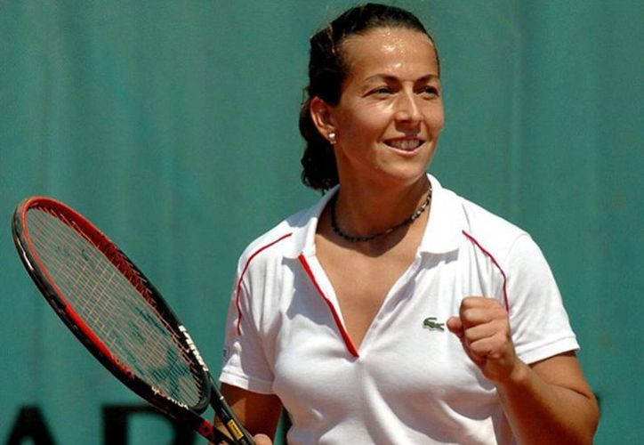 Gala León García disputó 651 partidos en el circuito profesional y alcanzó la 27a posición en el ránking de la WTA en el año 2000. (Excelsior/EFE/Archivo)