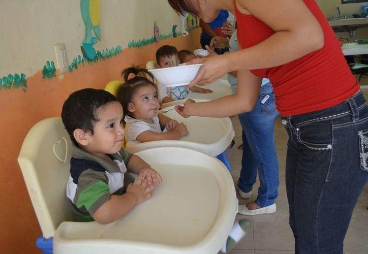 Pequeños de tres meses a tres años pueden ser inscritos en la estancia del DIF de Felipe Carrillo Puerto, en estas vacaciones. (Manuel Salazar/SIPSE)