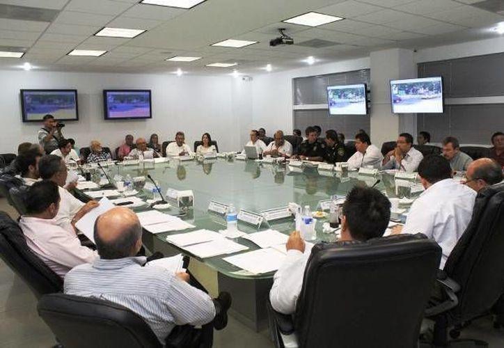 Foto de la reunión de Consejo Consultivo de Tránsito y Vialidad en donde se presentaron 17 estudios de impacto vial, los cuales que fueron aprobados por unanimidad. (Milenio Novedades)