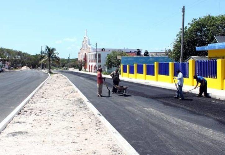 Se contempla la ampliación de esta vialidad a 4 carriles, construcción de camellón central y guarniciones. (Redacción/SIPSE)