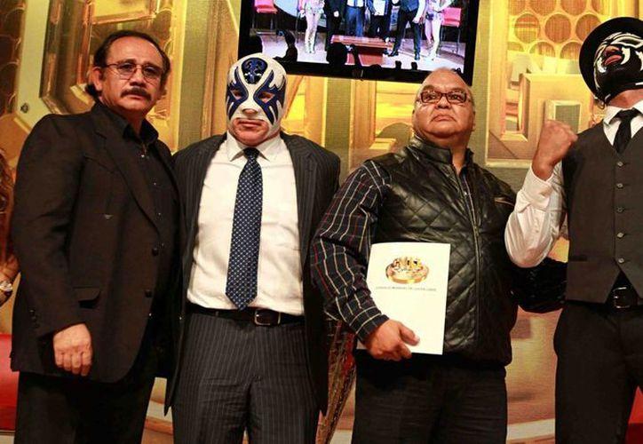 El CMLL anunció que su función de aniversario, que se realizará este 18 de septiembre, será transmitida por internet. El encuentro estelar será protagonizado por Atlantis y La Sombra, quienes lucharán en el ring de la Arena México. (Archivo Notimex)