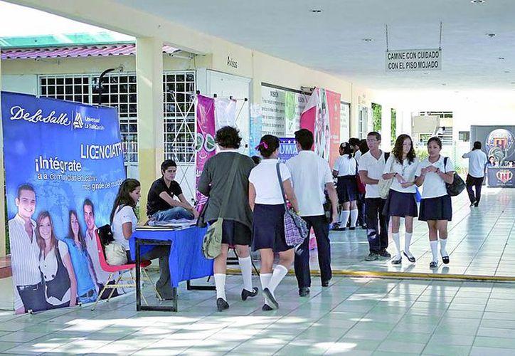 La Salle Cancún, el Instituto Summerhill, la Universidad Azteca, entre otras instituciones educativas encabezan el programa. (Redacción/SIPSE)