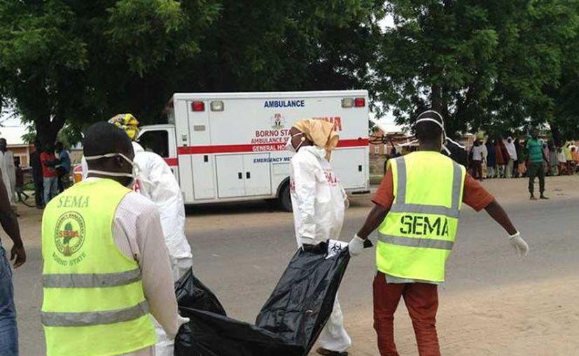 Un pistolero solitario atacó la iglesia católica St. Philip, en Nigeria. (AP)