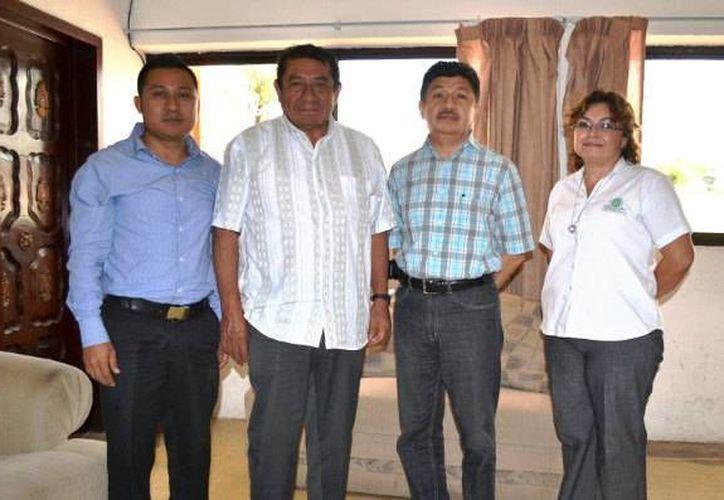 El alcalde se reunió con autoridades del Instituto Tecnológico Superior de Felipe Carrillo Puerto. (Redacción/SIPSE)
