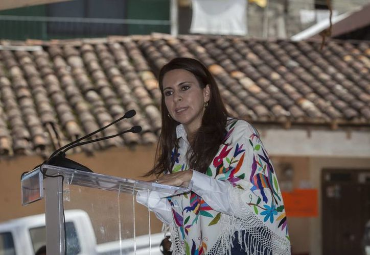 Alma Carolina Viggiano, directora general del Conafe: seis o siete entidades del país concentran más de 50 % de analfabetas. (Notimex)