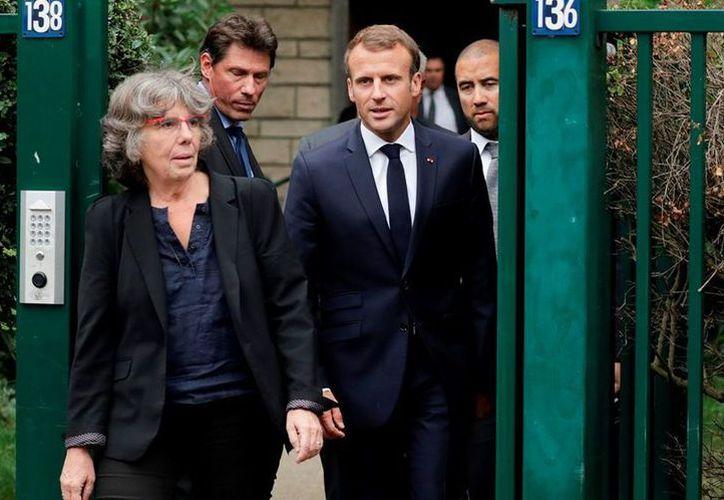El presidente francés Emmanuel Macron señala que durante la lucha de independencia de Argelia en la cual murieron un millón y medio de personas. (Milenio)