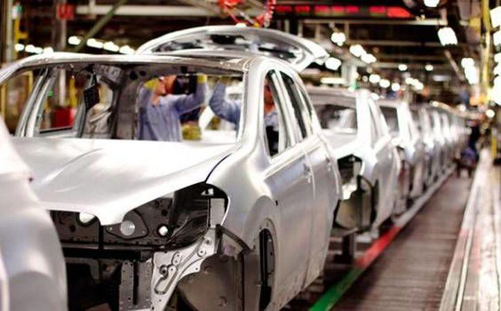 Autoridades estatales manifestaron que buscan generar la industria automotriz en Yucatán, por lo que trabajan creando infraestructura. (Imagen ilustrativa/ Notimex)