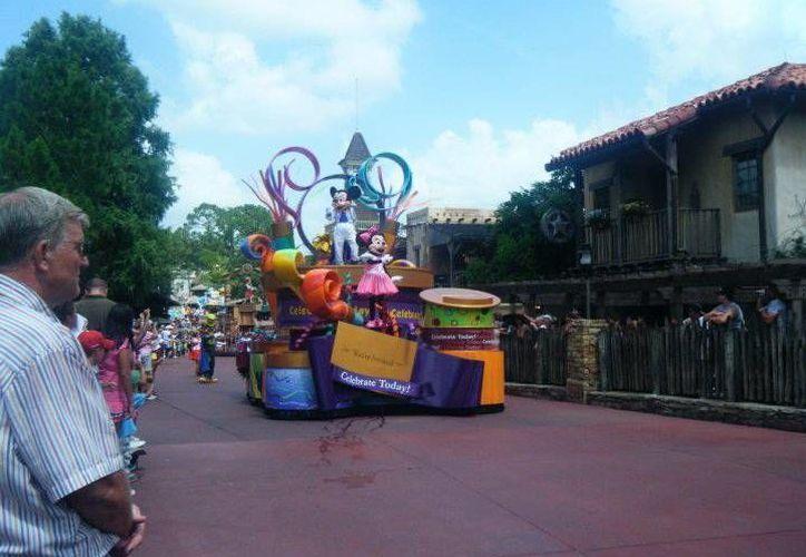 La familia Black está demandando a Disneyland. (SIPSE)