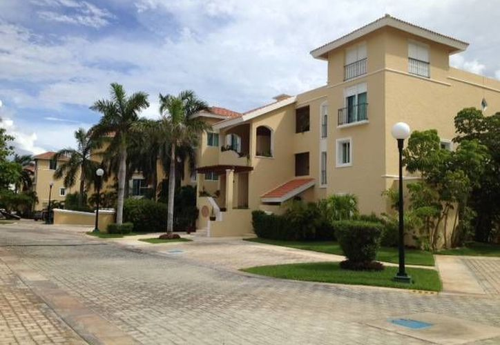 El valor de los inmuebles en Cancún aumentó, en especial los que se encuentran en la zona hotelera y colindan con el mar. (Foto/Internet)