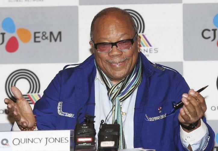 """Quincy Jones fue productor de los éxitos del fallecido cantante, como """"Off the wall"""" y """"Thriller"""". (EFE/Archivo)"""