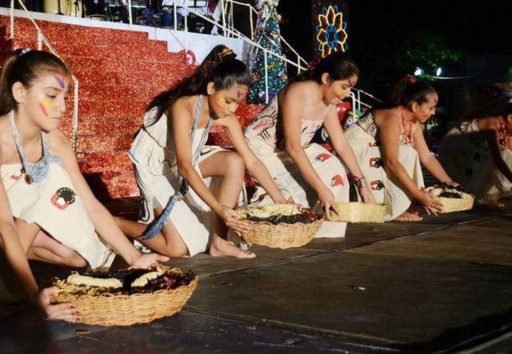 Invitan a los cozumeleños a disfrutar de la Caravana Cultural. (Cortesía/SIPSE)